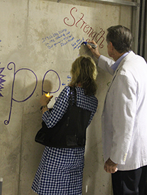 Sign the Wall cancer event